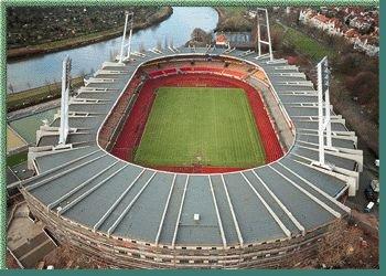 ek 2004 Stadions